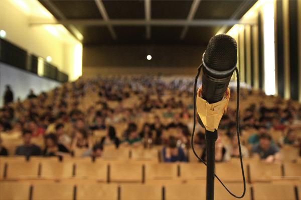 Titelbild Poetry Slam
