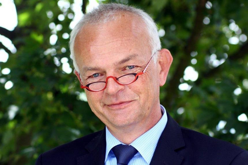 Dr. Burkhard Lehmann, Geschäftsführer Zentrum für Fernstudien und Universitäre Weiterbildung (ZFUW). Foto: Privat