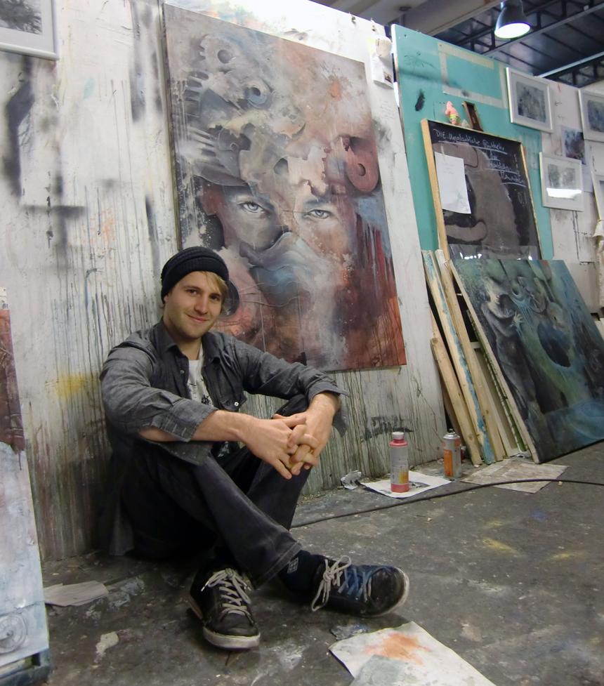 Benjamin Burkard vereint in seinen Bildern Mensch und Maschine. Foto: Katharina Greb