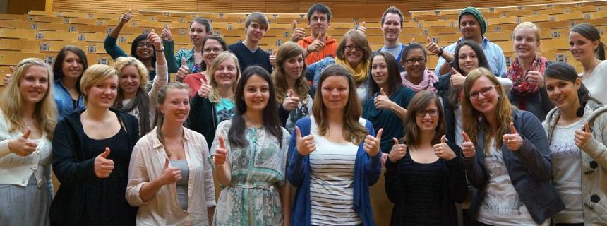 Rund 70 Studierende vom Standort Koblenz und der Hochschule auf der Karthause engagieren sich ehrenamtlich. Foto: Privat
