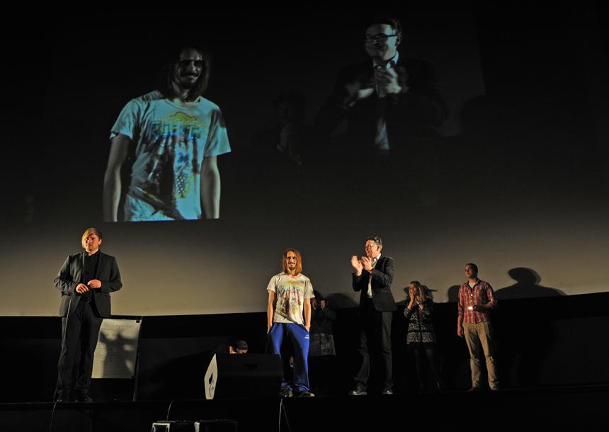 Die Siegerabstimmung auf der Bühne des Universum-Kinos in Landau.