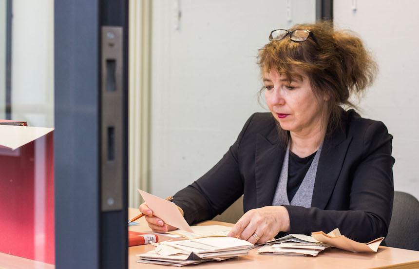 Seit 2012 lehrt die Sprachwissenschaftlerin am Campus in Koblenz. Foto: Adrian Müller