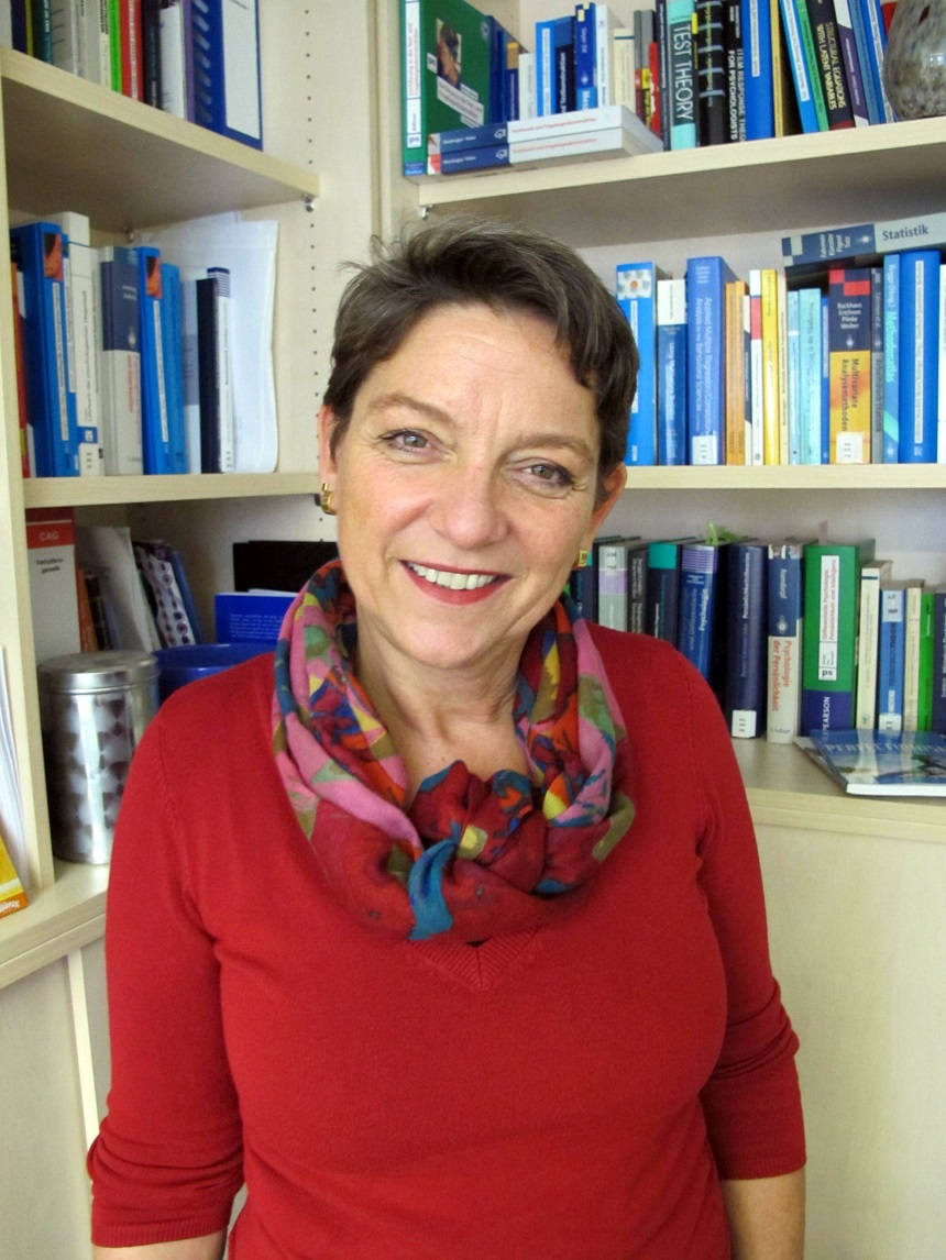 Dr. Christine Altstötter-Gleich Foto: Benedikt Schülter