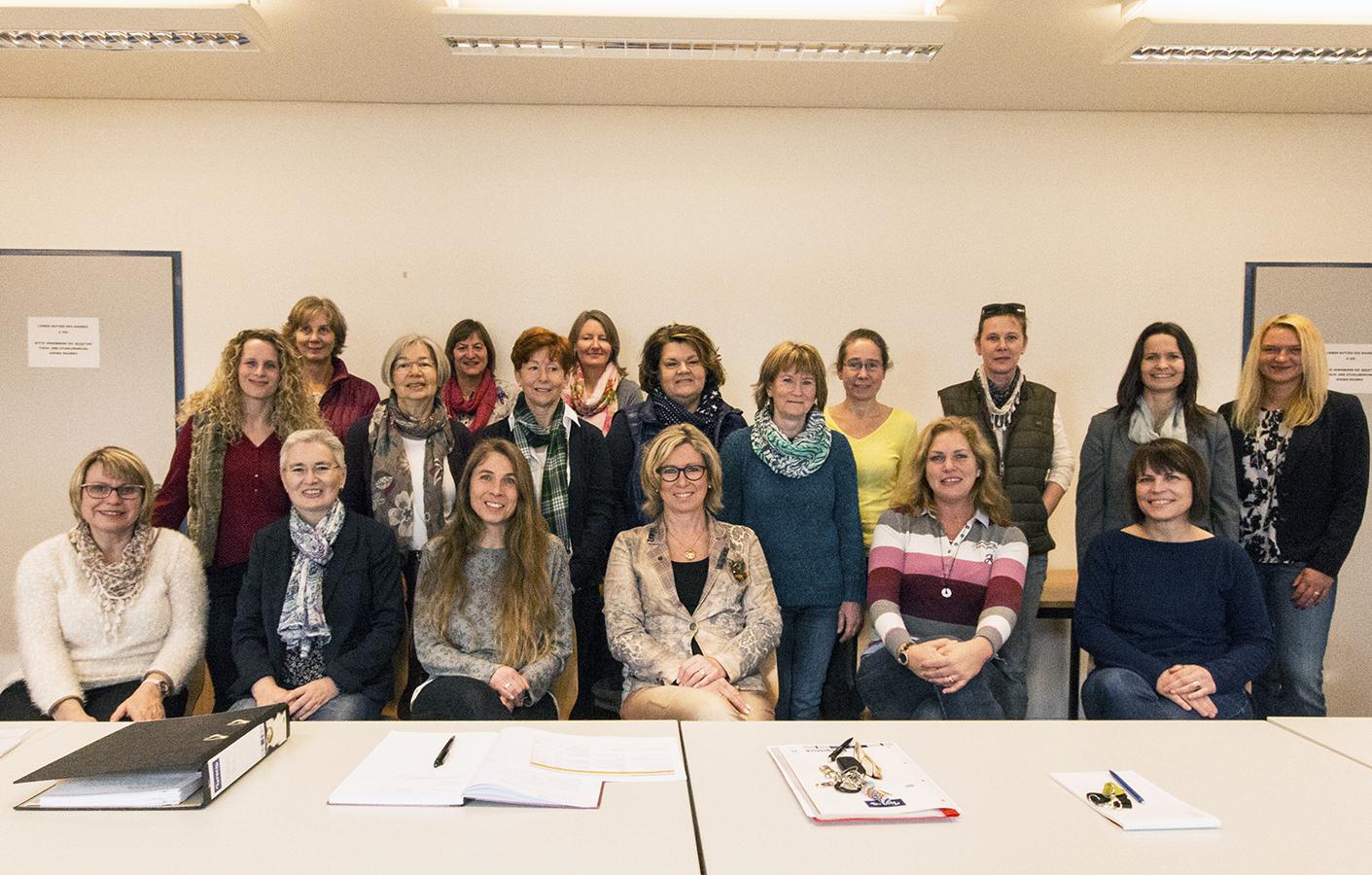 Setzen sich für die Rechte ihrer Berufsgruppe ein: Die Sekretärinnen am Campus Koblenz. Foto: Hiller.