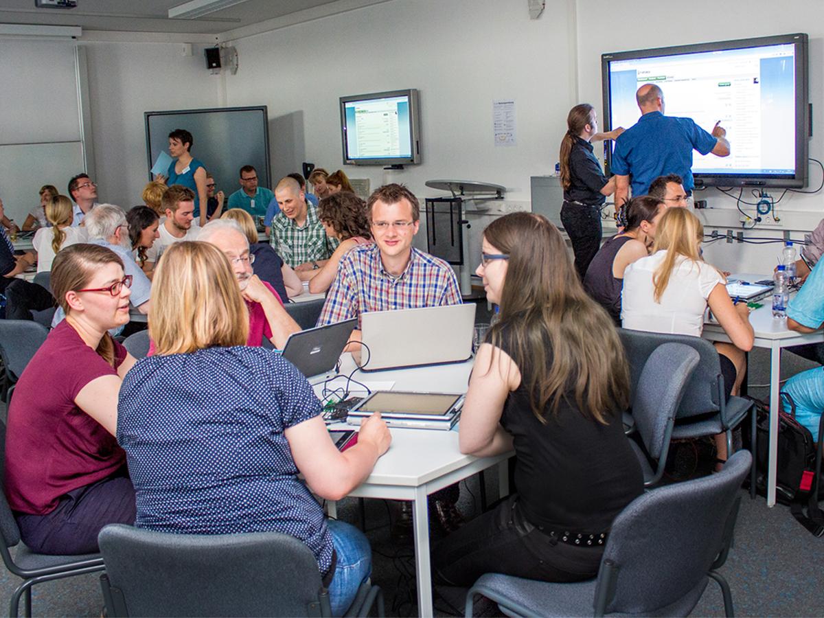 Das Multimedialabor 'mLab' am Campus in Koblenz bietet Raum für interaktive Seminare und Veranstaltungen. Foto: IWM